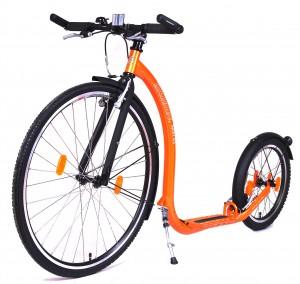 Oranje Kickbike is een sportieve verschijning